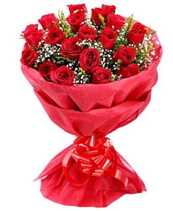 21 adet kırmızı gülden modern buket  İstanbul Üsküdar çiçek gönderme